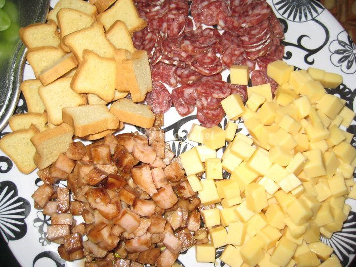 Fuet y queso