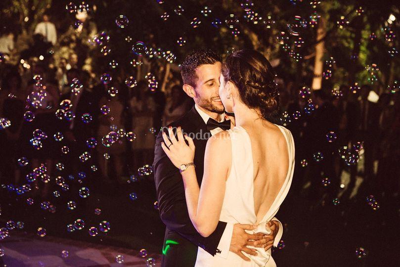 Burbujas durante baile nupcial