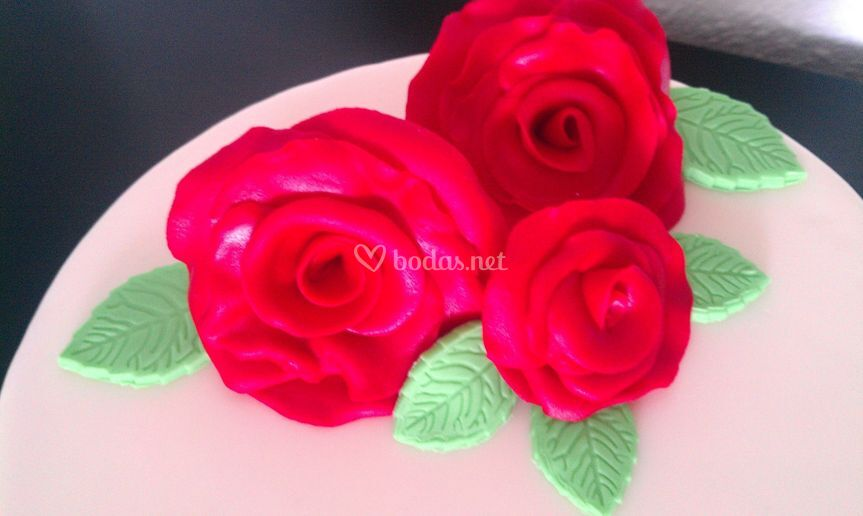 Detalle tarta rosas