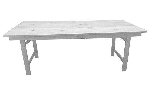Mesa rústica de madera blanca