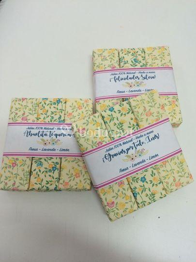 Tríos de jabón personalizados