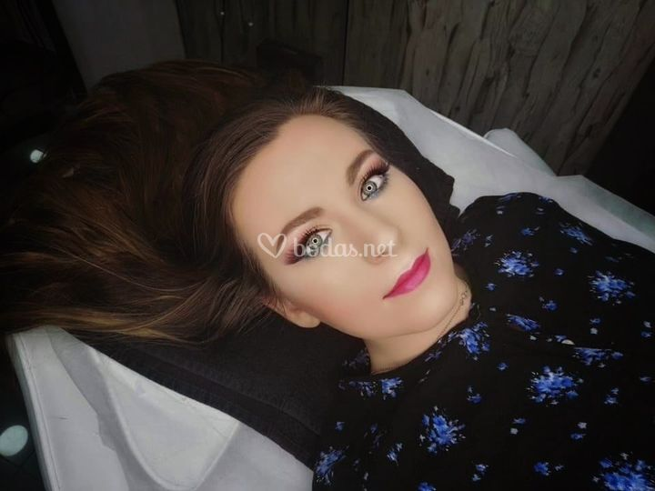 Maquillaje tradicional