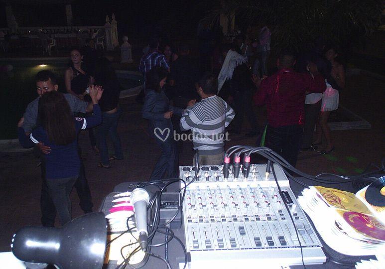 Música, luces y a bailar