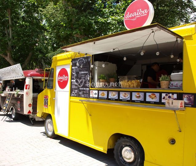 Food Trucks & Events by Dealba