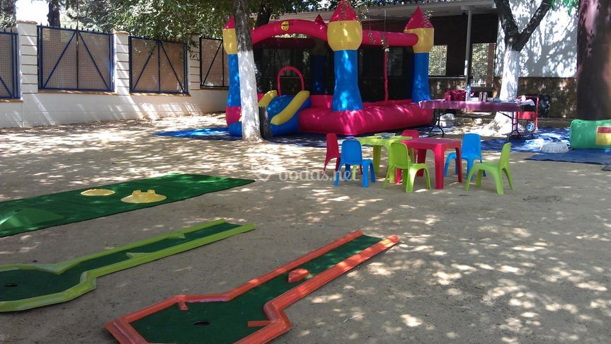 Hinchables y mini golf