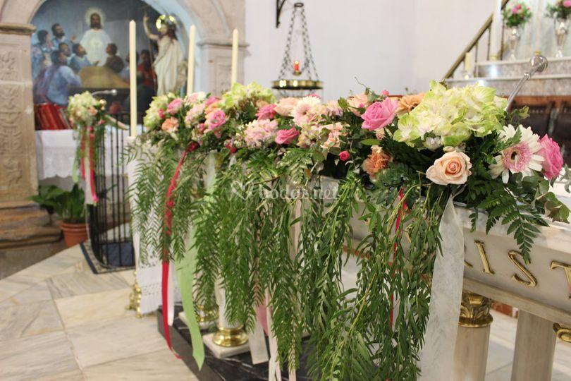 Decoraci n iglesia boda origin de jardiner a las jaras - Decoracion de jardineria ...