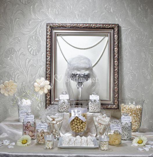Mesa dulce en blanco