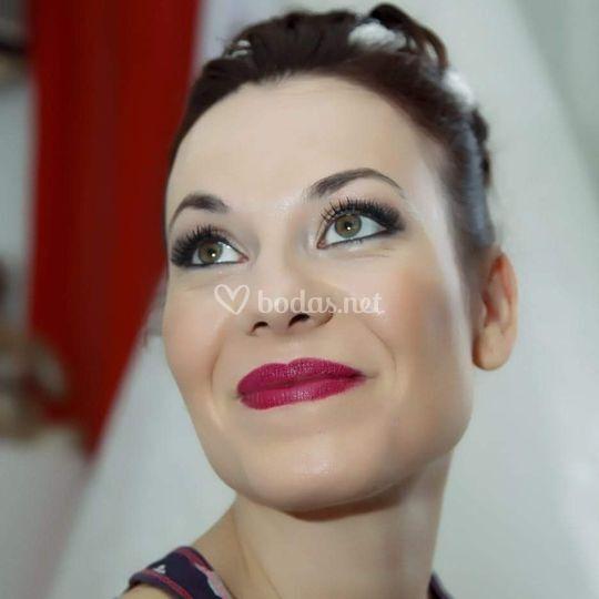 Look novia maquillaje y peinad