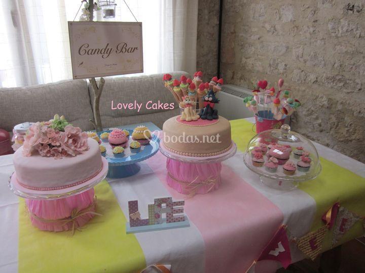 Recena tarta y cupcakes