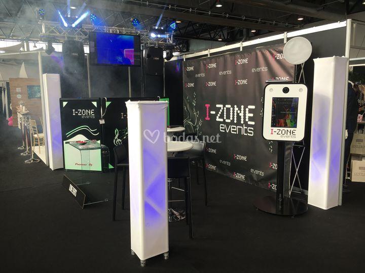 Izone Exclusive y Fotomatón