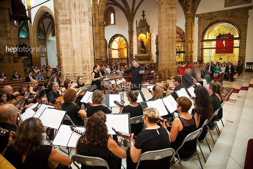 Orquesta de Pulso y Púa de Azuaga