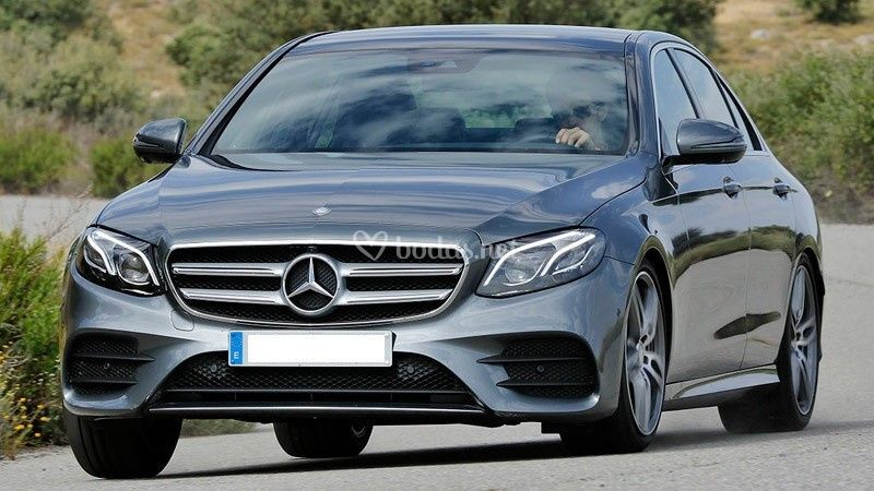 Mercedes Benz E