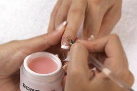 Mari nails & Make Up