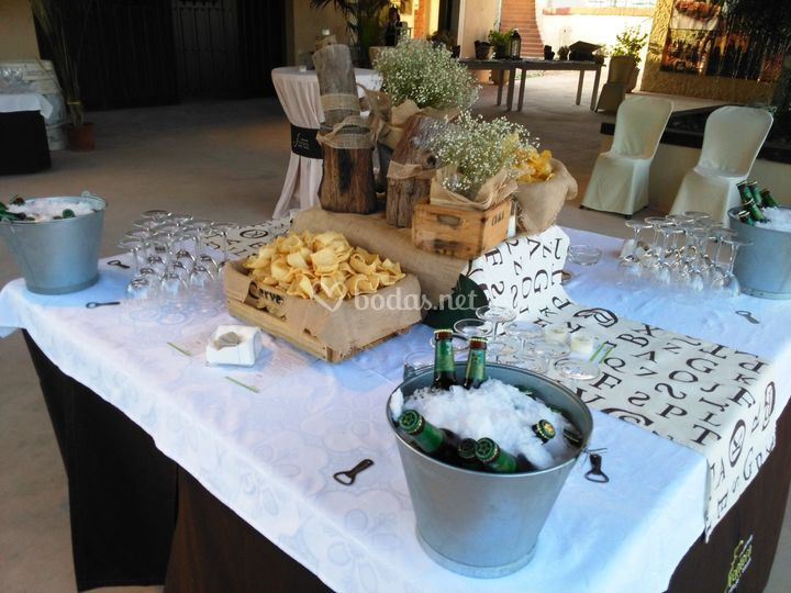 Mesa de snacks