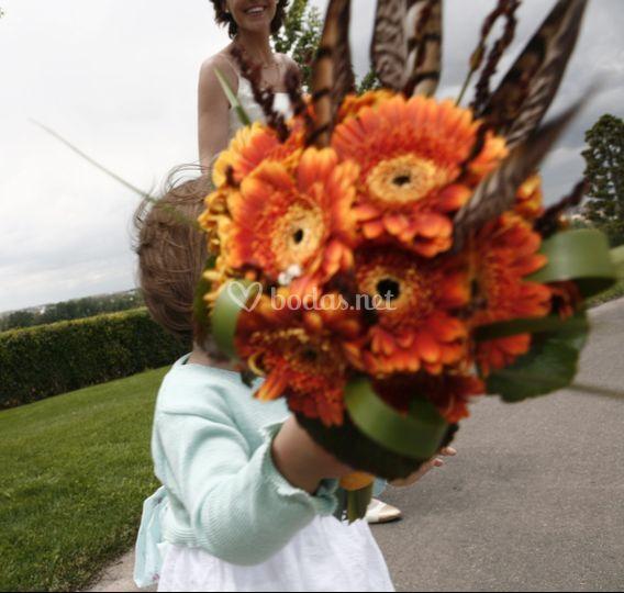 Ramo de novia minigerbera