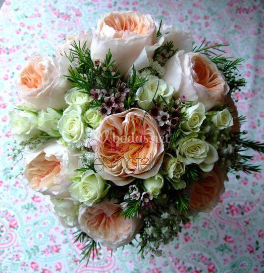 Ramo de novia rosa de jardín