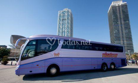 Autocar de 63 plazas