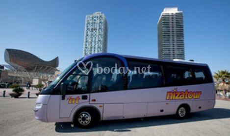 Minibús de entre 25 y 32 plazas
