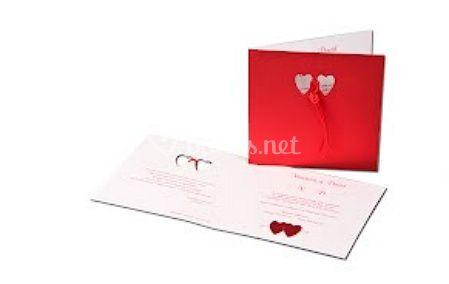 Invitación de boda con corazones