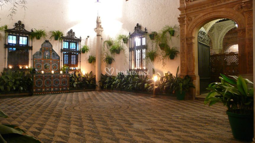 Casa palacio de guardiola for Alquiler casa en umbrete sevilla