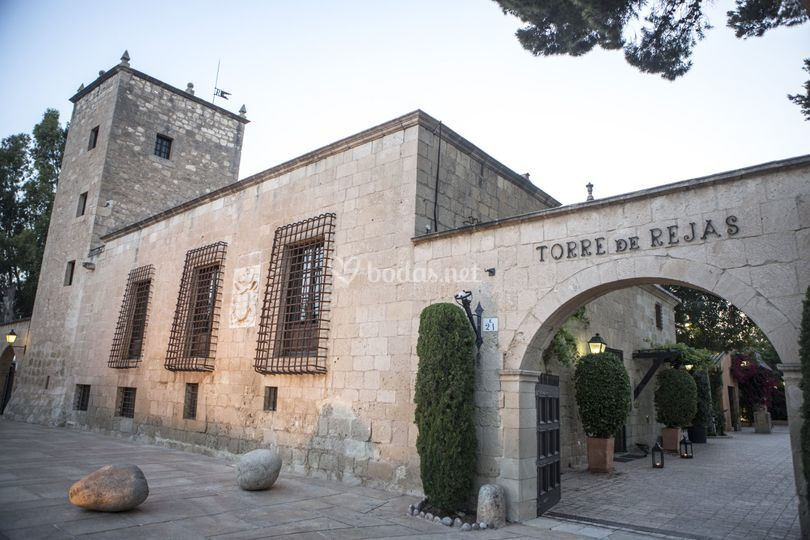 Fachada de la finca de Torre de Reixes