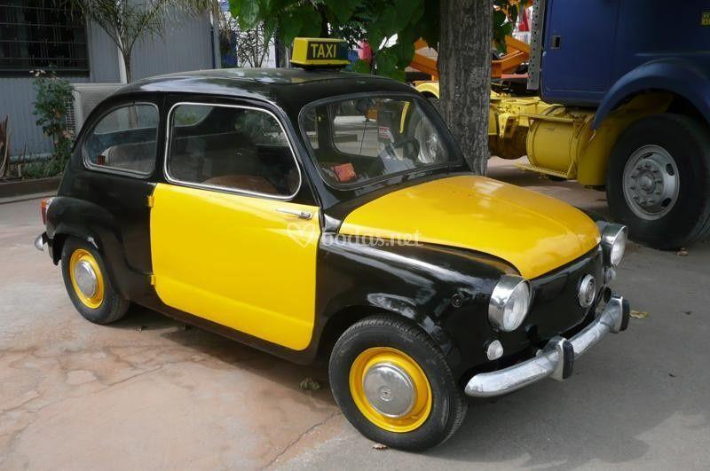 Seat 600 réplica taxi bcn