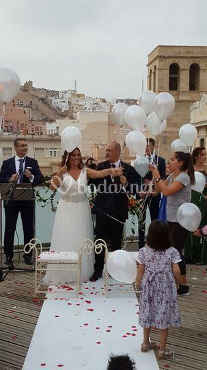 Suelta de globos boda civil