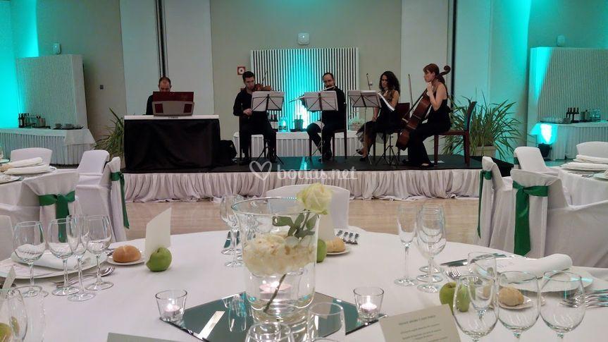 Quinteto, banquete