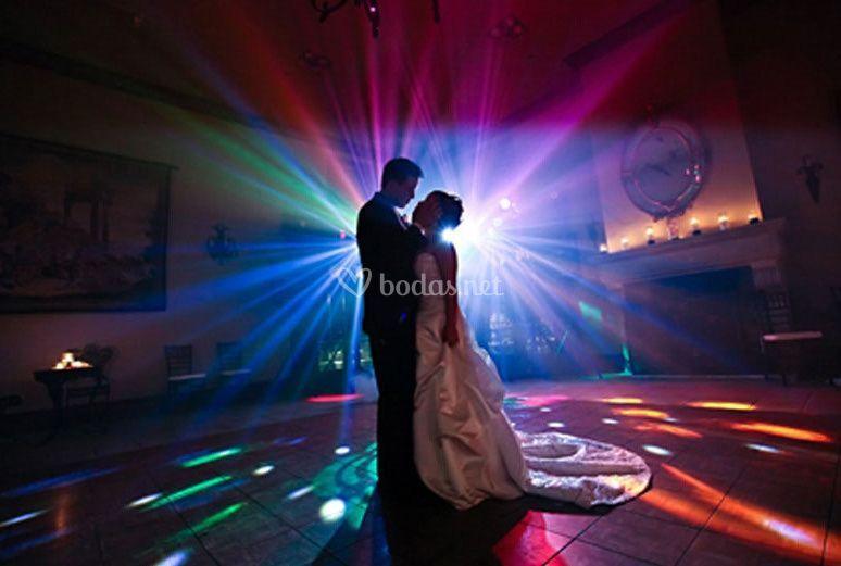 Sonido e iluminanció para boda