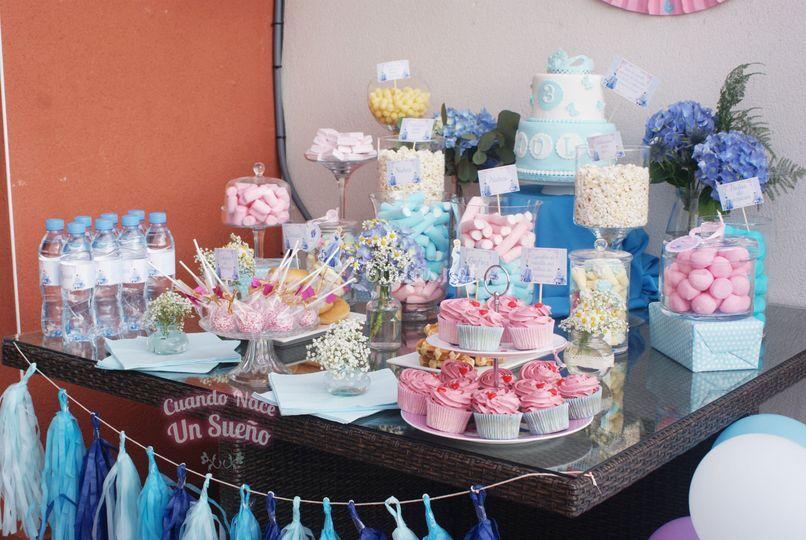 Montaje de mesas dulces