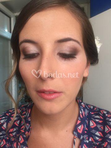 Maquillaje de novia en tonos marrones