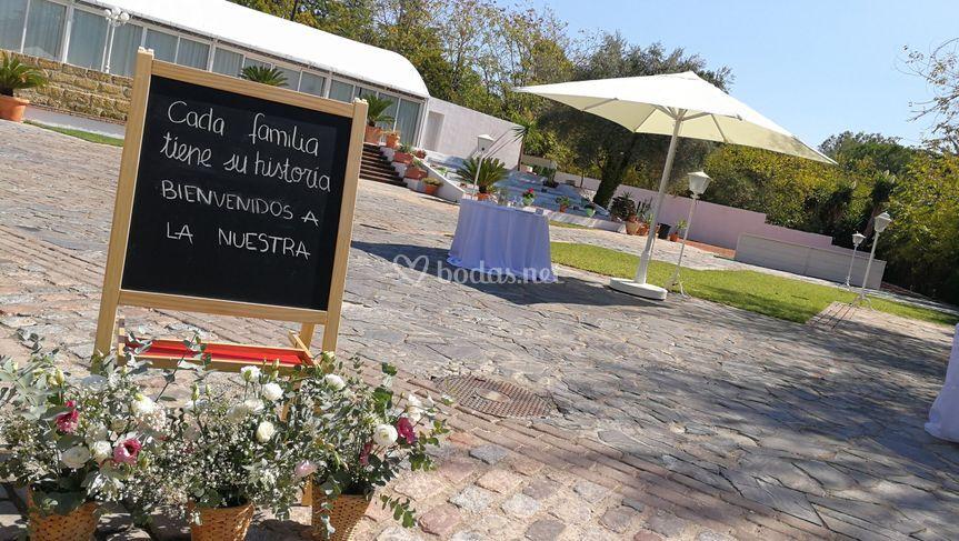 Entrada bienvenida de los jardines de sansue a foto 81 for Los jardines de sansuena