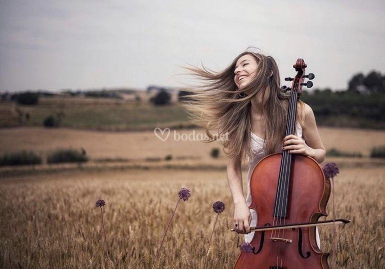 Cello acústico para ceremonia