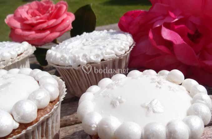 Cupcakes con floresnacaradas