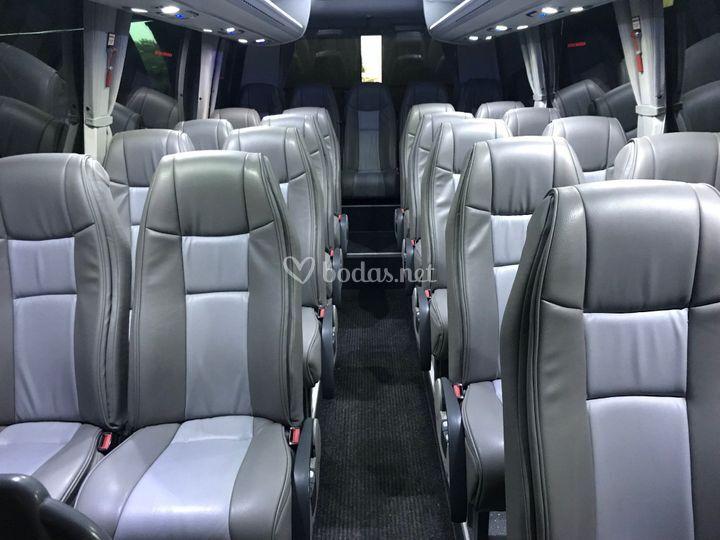 Interior del microbus VIP