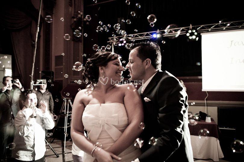 Burbujas en baile nupcial