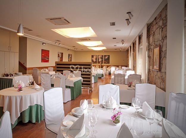 Salón comedor, restaurante de Restaurante O Grelo | Foto 3