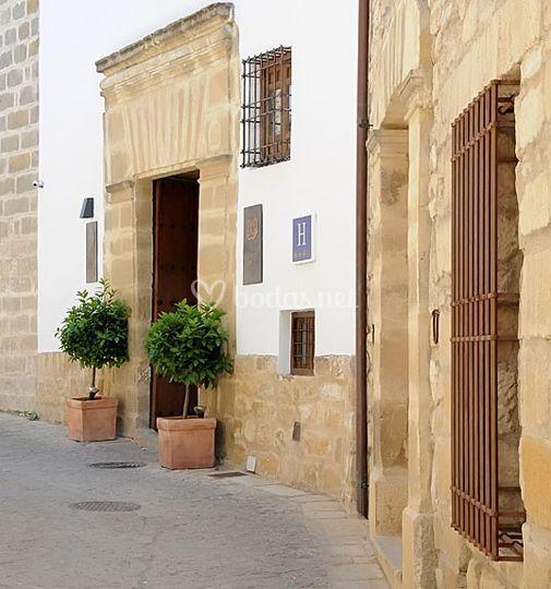 Hotel puerta de la luna for Puerta 9 luna park