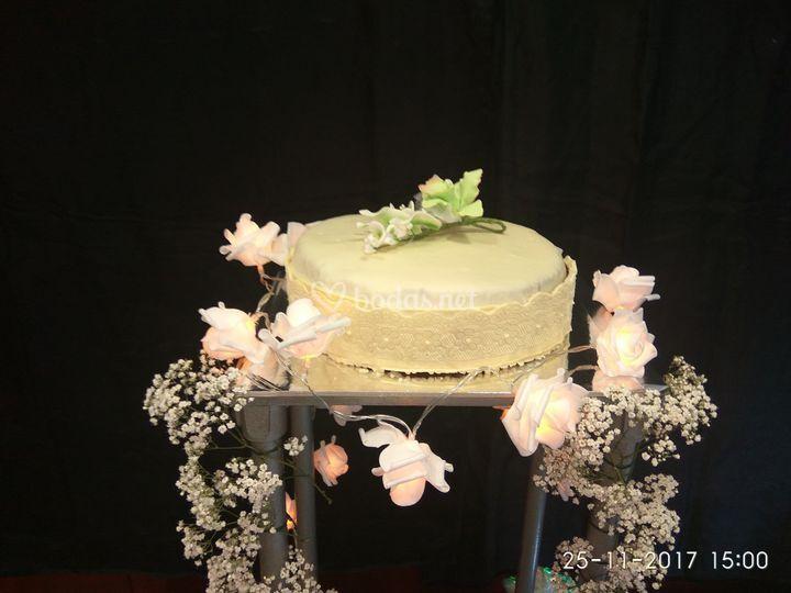 Tarta de corte carrot cake