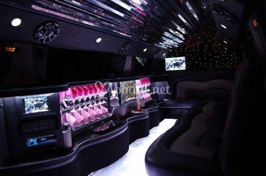 Interior Hummer Rosa