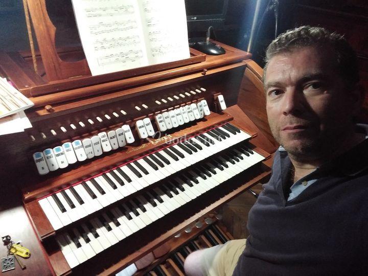 Manuel Mendo - Organista