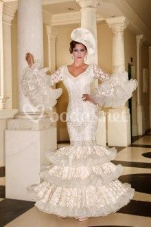 Traje de novia flamenco