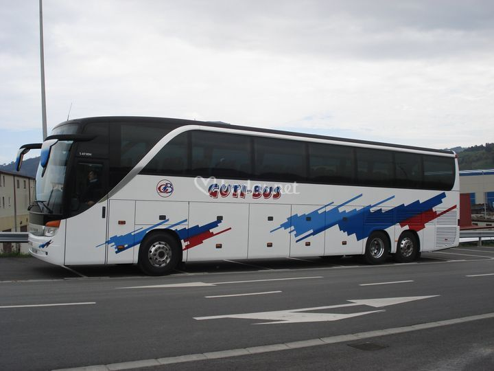 Guti-Bus Bidaiak