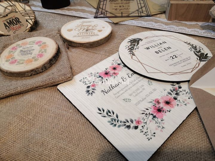 Invitaciones impresas en mader