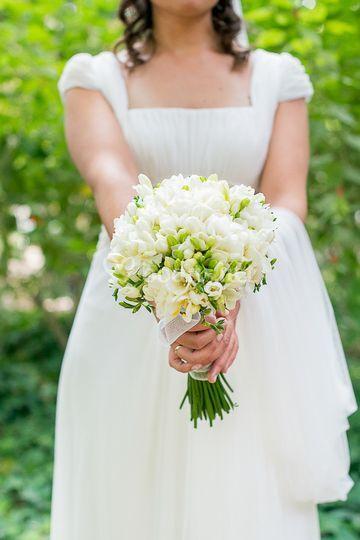 Ramo de novia blanco y sencill