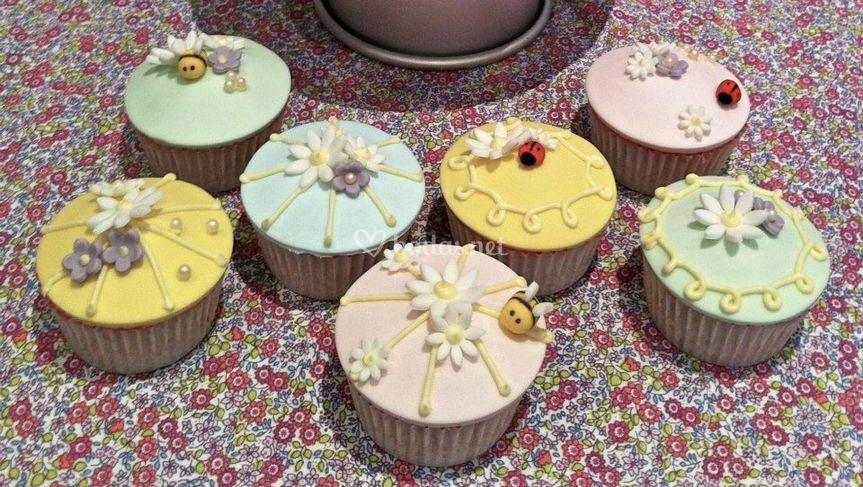 Cupcakes alegres
