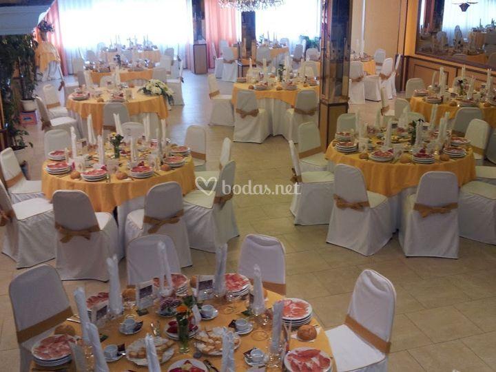 Salón 1 mesa redonda