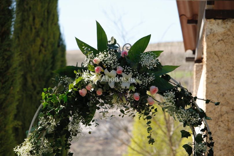 Arco de flores personalizado