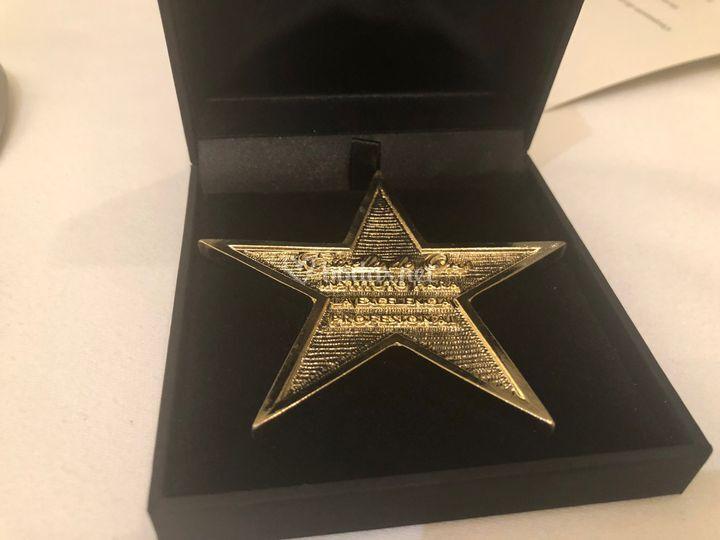 Estrella de oro a la excelenci