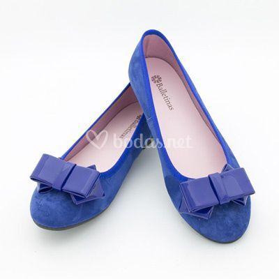 Bailarina ante azul